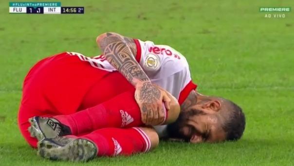 Preciso instante de la lesión de Paolo Guerrero