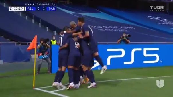 El primer gol de PSG lo anotó Marquinhos ante RB Leipzig