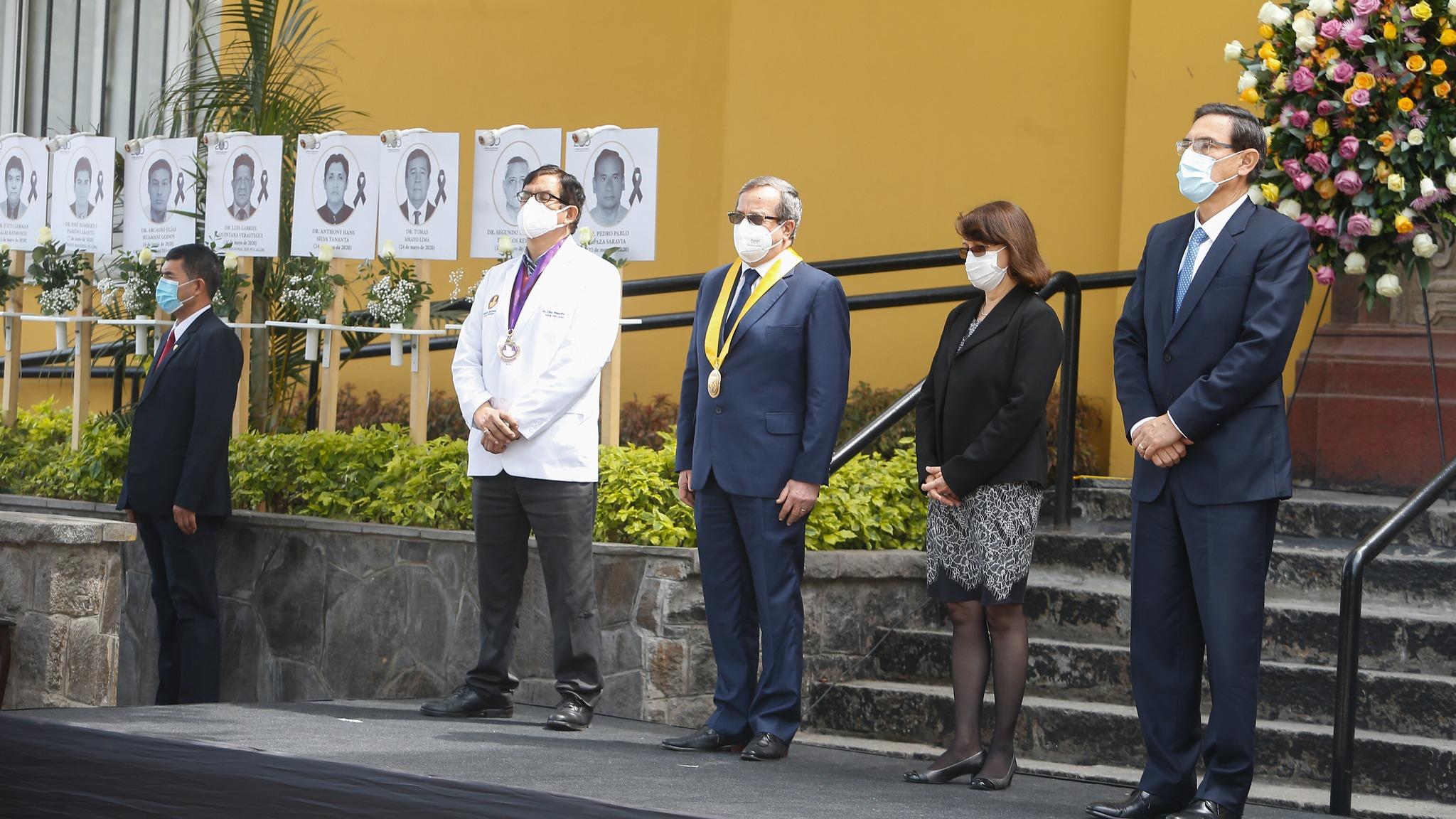 El Perú inauguró el Obelisco en Homenaje a los médicos fallecidos por el COVID-19.