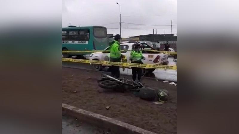 El accidente provocó tránsito vehicular en la zona por varios minutos.