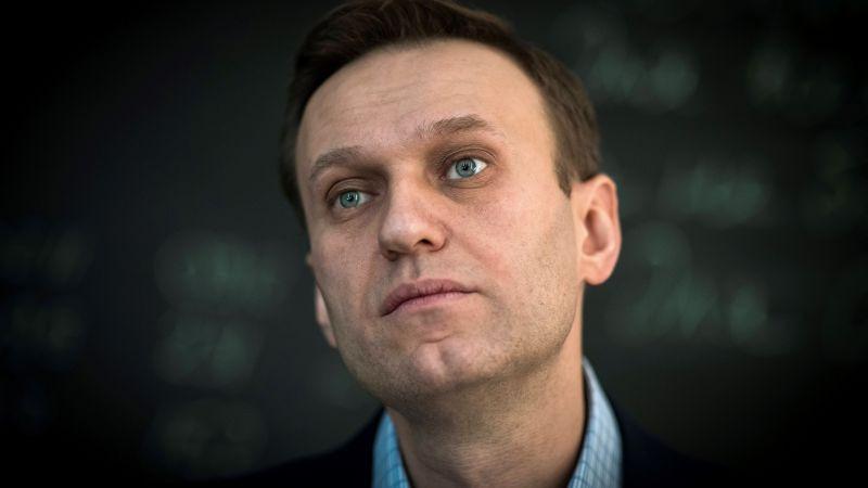 Exámenes toxicológicos arrojaron que Alexei Navalni fue envenenado con Novichok.