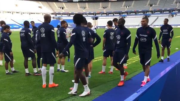 Kyliam Mbappé entrenó con el grupo, pero fue separado del equipo tras dar positivo a COVID-19