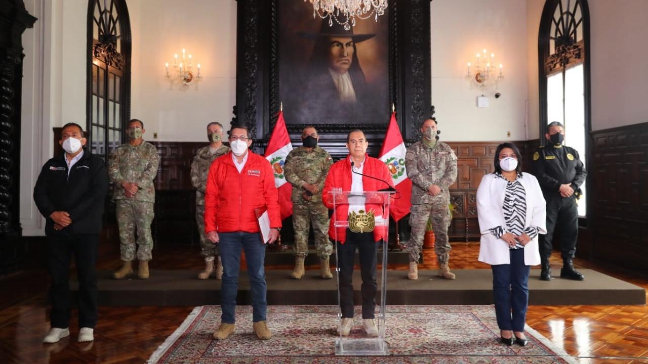Consejo de Ministros ofrecieron un Mensaje a la Nación.