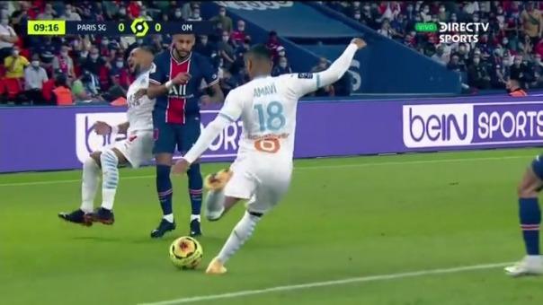 Neymar tuvo un cruce con Dimitri Payet
