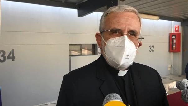 El arzobispo de Arequipa dijo que los peruanos no merecemos esto, en referencia a la crisis política que atraviesa el país.