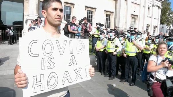 Durante la mañana se registraron algunos altercados entre manifestantes y agentes al lado de la National Gallery.