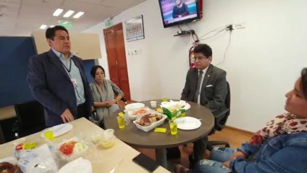 La reunión se habría realizado en el despacho parlamentario de Carlos Simeón Hurtado (Acción Popular)