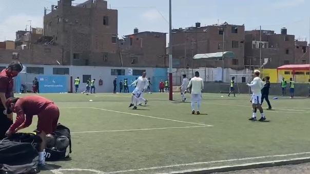 Tanto Universitario como Mannucci entrenan en la cancha alterna del Alberto Gallardo