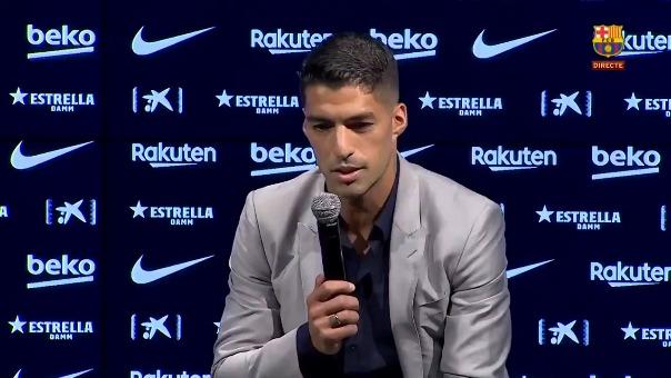 Luis Suárez en conferencia de prensa.