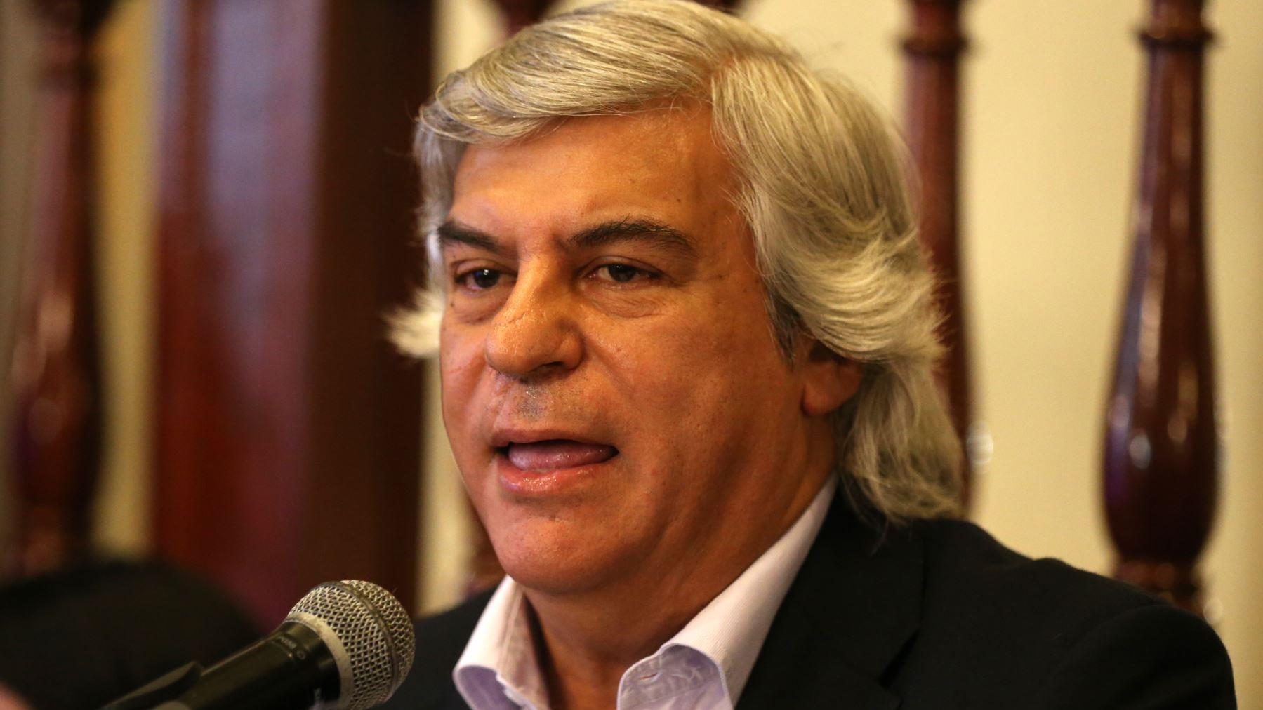 Olivera denunció intento para rechazar inscripción del Frente Esperanza.