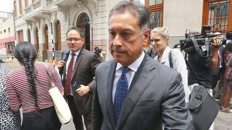 Gerardo Sepúlveda no podrá salir del país hasta diciembre del 2020.