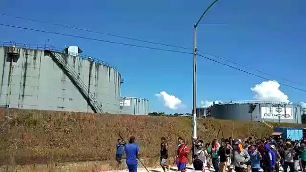 Funcionarios de PetroPerú informaron que el mayor riesgo se presenta por la presencia de personas en la zona industrial donde se almacena el crudo de petróleo.