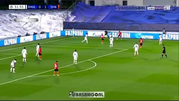 Autogol de Raphael Varane en la Champions League