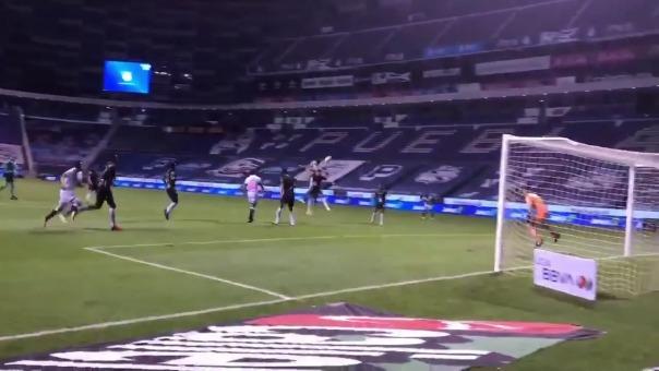 Santiago Ormeño tuvo tres jugadas claras de gol durante Puebla vs. León