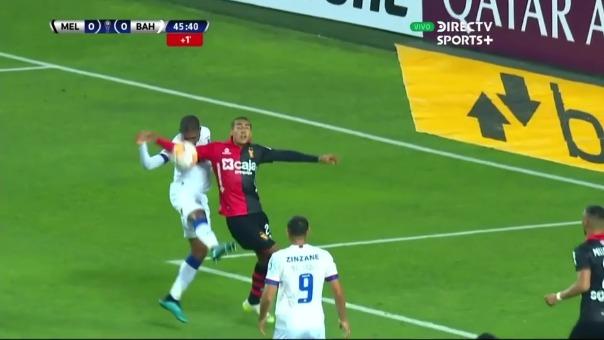 Jugada polémica en el Melgar vs. Bahía