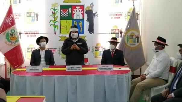 Ana Neyra arribó a Junín junto al vice ministro de Justicia, Daniel Sánchez, para supervisar los protocolos y el trabajo en la reactivación del turismo.