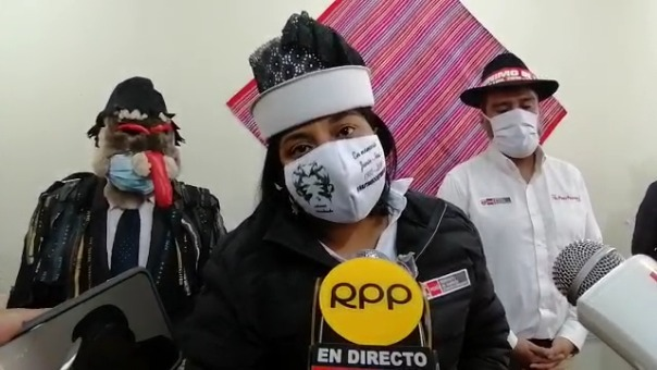 La ministra de Justicia se refirió a la investigación en dos fiscalías sobre los presuntos sobornos que recibió el presidente Vizcarra en el 2013, ella invocó a que el Ministerio Público defina la investigación para no entorpecerla.