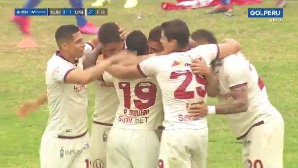 Gol de Luis Urruti ante Alianza Universidad