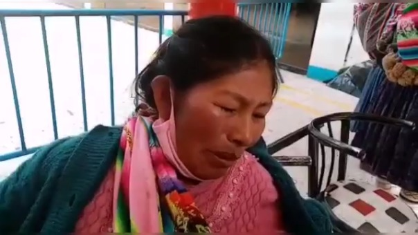 Con lágrimas en los ojos la madre de familia pidió justicia a las autoridades y denunció que es víctima de violencia por parte de su expareja.