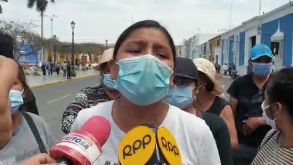 La comerciante Gaby Ávila señaló que seguirán protestando hasta lograr la atención de las autoridades.