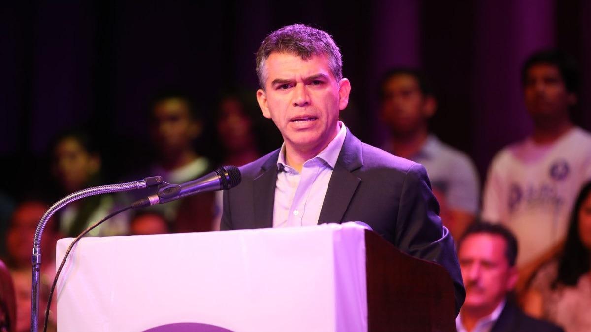 Julio Guzmán, líder del Partido Morado, participó en evento en Piura.