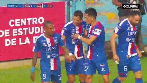 Gol de Osnar Noronha ante Alianza Lima