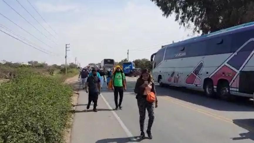 Por más de dos horas fue bloqueada la carretera Panamericana Norte Antigua.