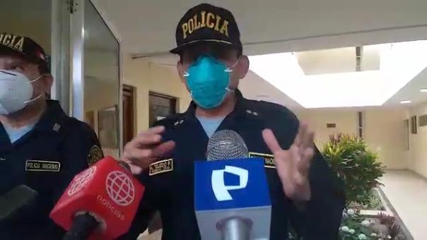El jefe de la III Macro Región Policial, Ángel Toledo, señala sobre la existencia de una  mujer que sería testigo del ataque contra el joven trabajador.