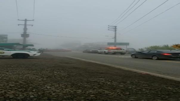 Los vehículos quedaron varados en ambos lados de la vía por dos horas.