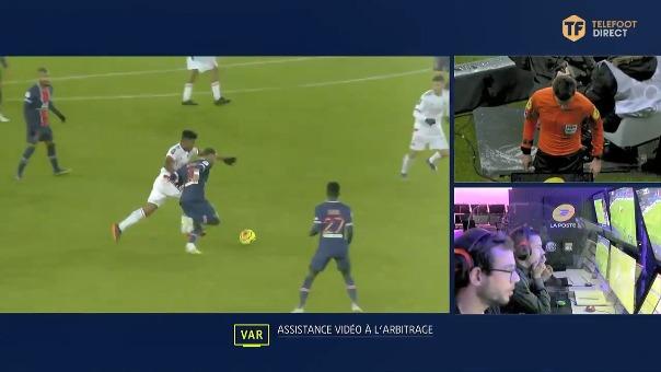 Así fue la falta a Neymar.