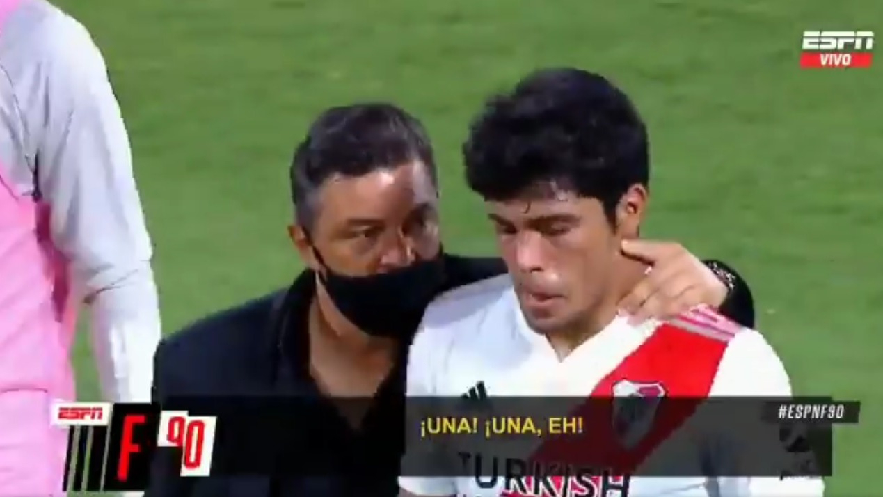 El reclamo de Marcelo Gallardo al 'Sicario' Rojas.