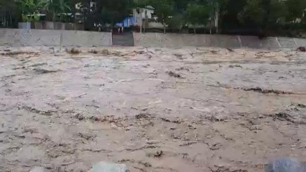 El desborde del río Perené  afectó a los restaurantes turísticos en la provincia de Chanchamayo.