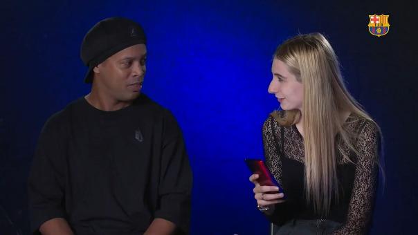 Ronaldinho se sometió a divertidas preguntas