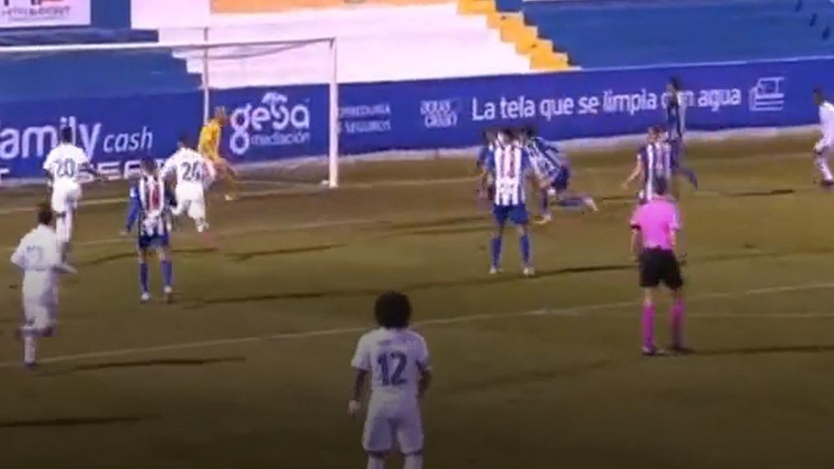 Así fue el gol de Militao en el Real Madrid vs. Alcoyano.