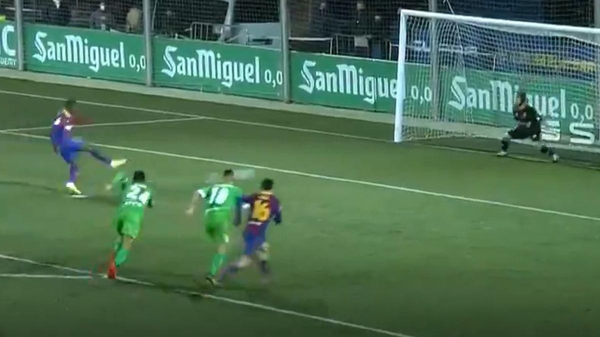 Este fue el penal que falló Dembélé en el Barcelona vs. Cornellá.