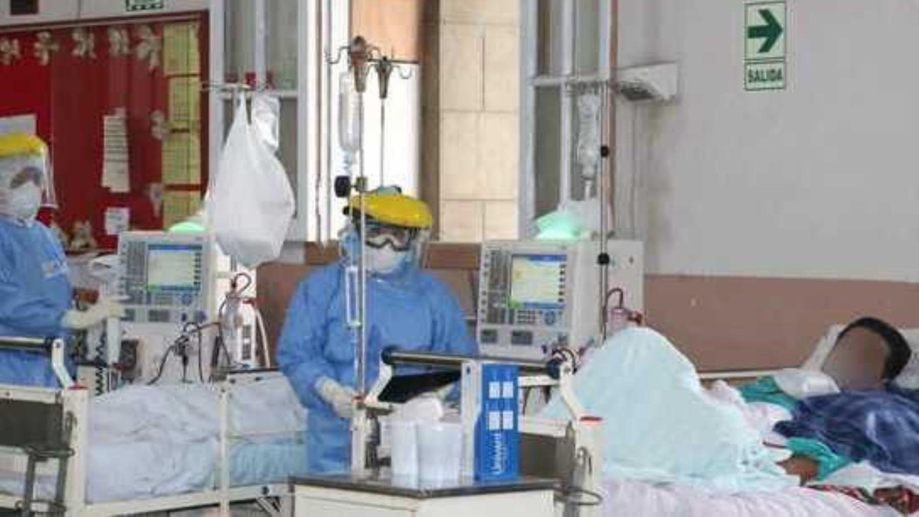 Este es el panorama en el Hospital Loayza en plena segunda ola de la COVID-19.