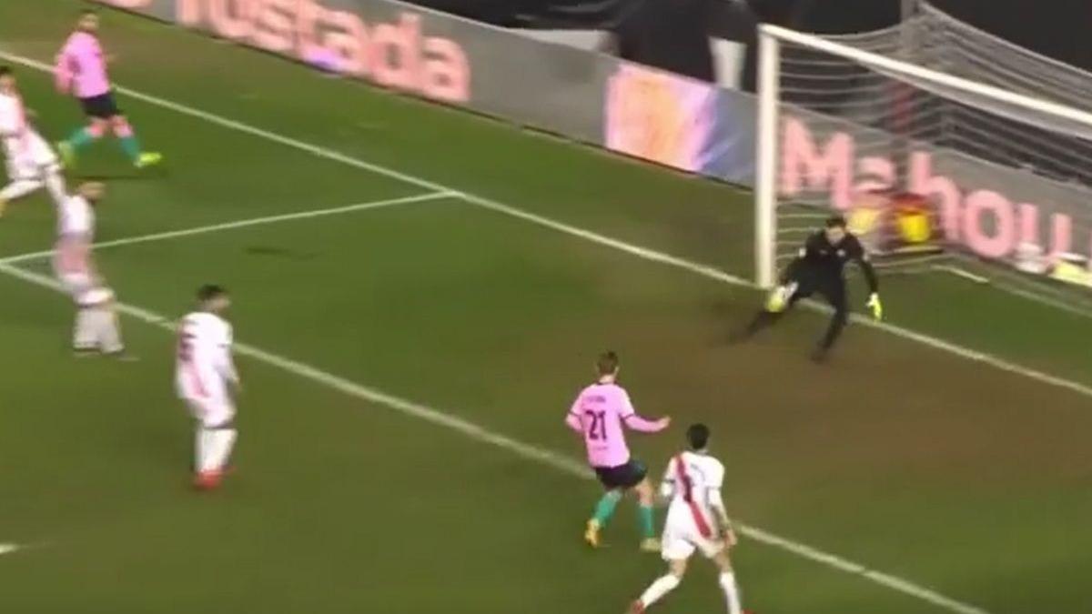Este fue el gol de De Jong en el Barcelona vs. Rayo.