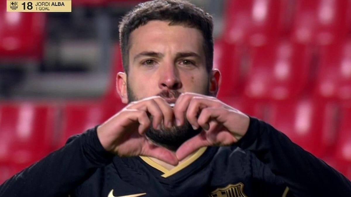 Este fue el gol de Jordi Alba en el Barcelona vs. Granada.