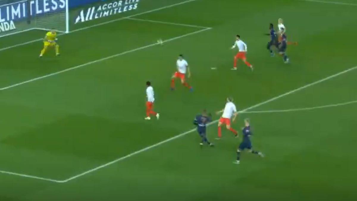 Este fue el golazo de Kylian Mbappé en el PSG vs. Nimes.