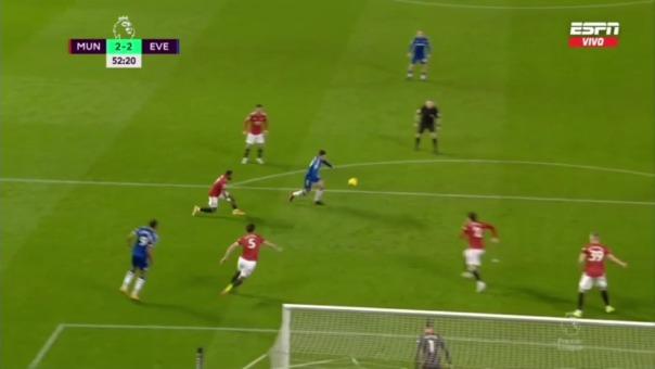 Manchester United 2-2 Everton: así fue el gol de James Rodríguez