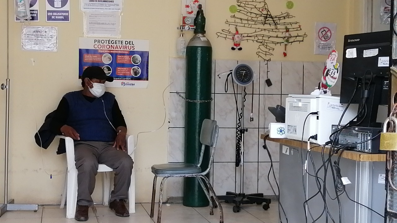 Advierten que solo queda oxígeno para dos o tres días en hospitales de Huancayo.
