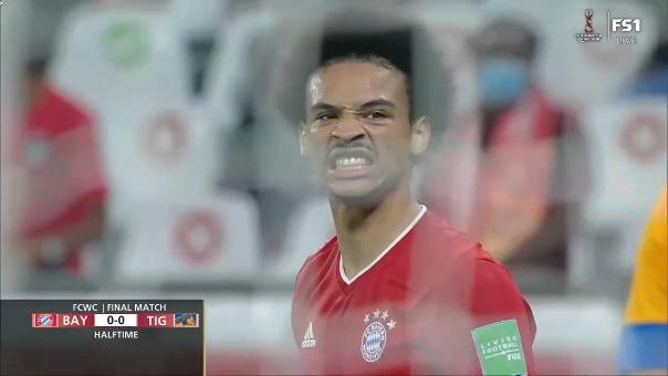 Remate al palo de Leroy Sané en la final ante Tigres
