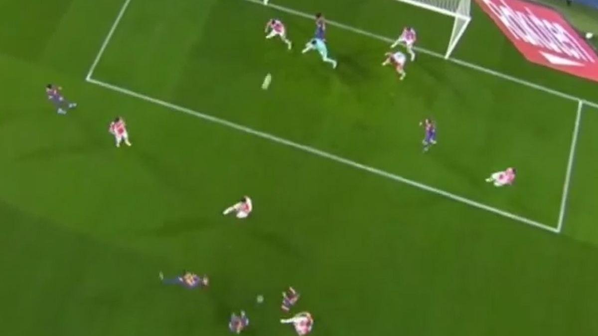 Así fue el gol de Trincao en el Barcelona vs. Alavés.