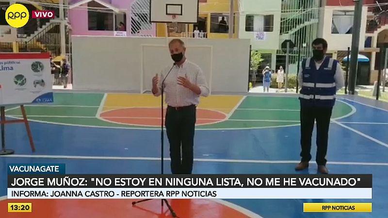 Jorge Muñoz señaló que la prioridad son los trabajadores de la primera línea.
