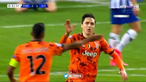 Gol de Federico Chiesa para el 2-1 de Juventus ante Porto