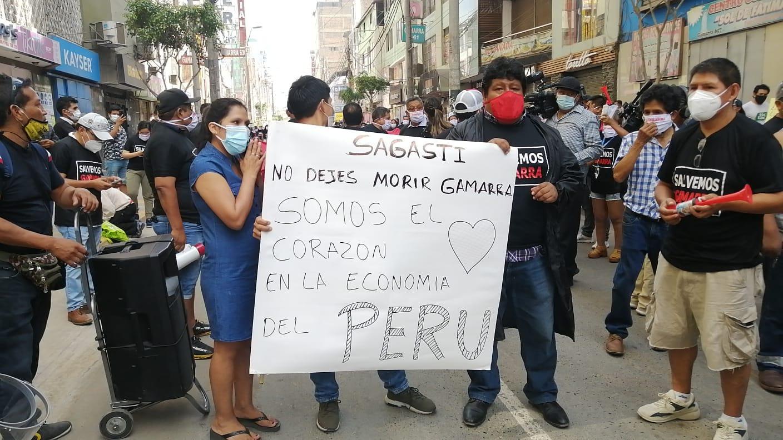 Empresarios de Gamarra realizan marcha.