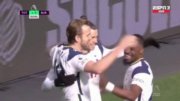 Gareth Bale anotó dos goles en la victoria del Tottenham ante Burnley