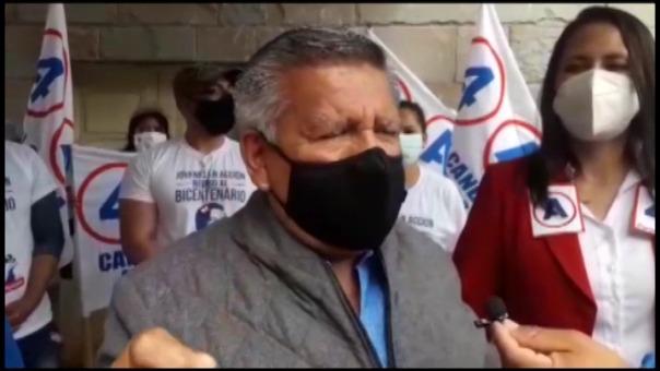 El candidato presidencial de Alianza Para el Progreso, César Acuña confundió su símbolo y pidió a sus simpatizantes marcar la