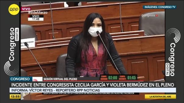 Congresista Cecilia García criticó a la presidenta del Congreso.