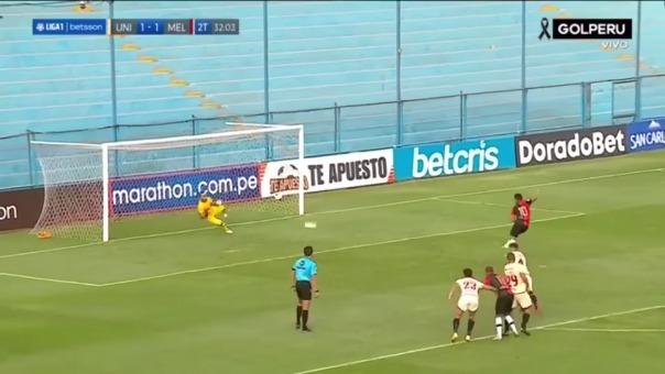 José Carvallo le atajó un penal a Joel Sánchez